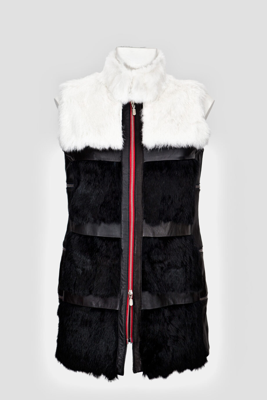 chaleco greta blanco negro