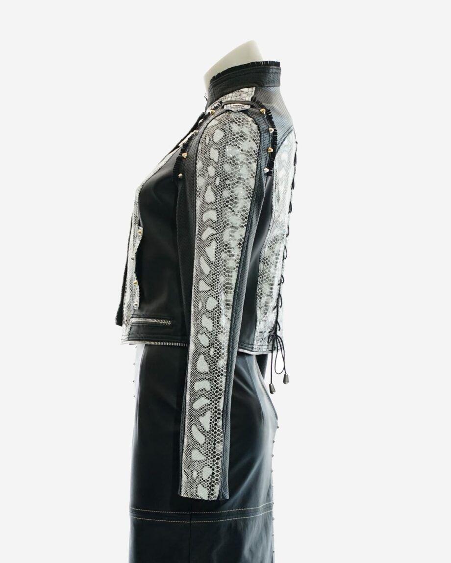 chaqueta cuero blanco y negro