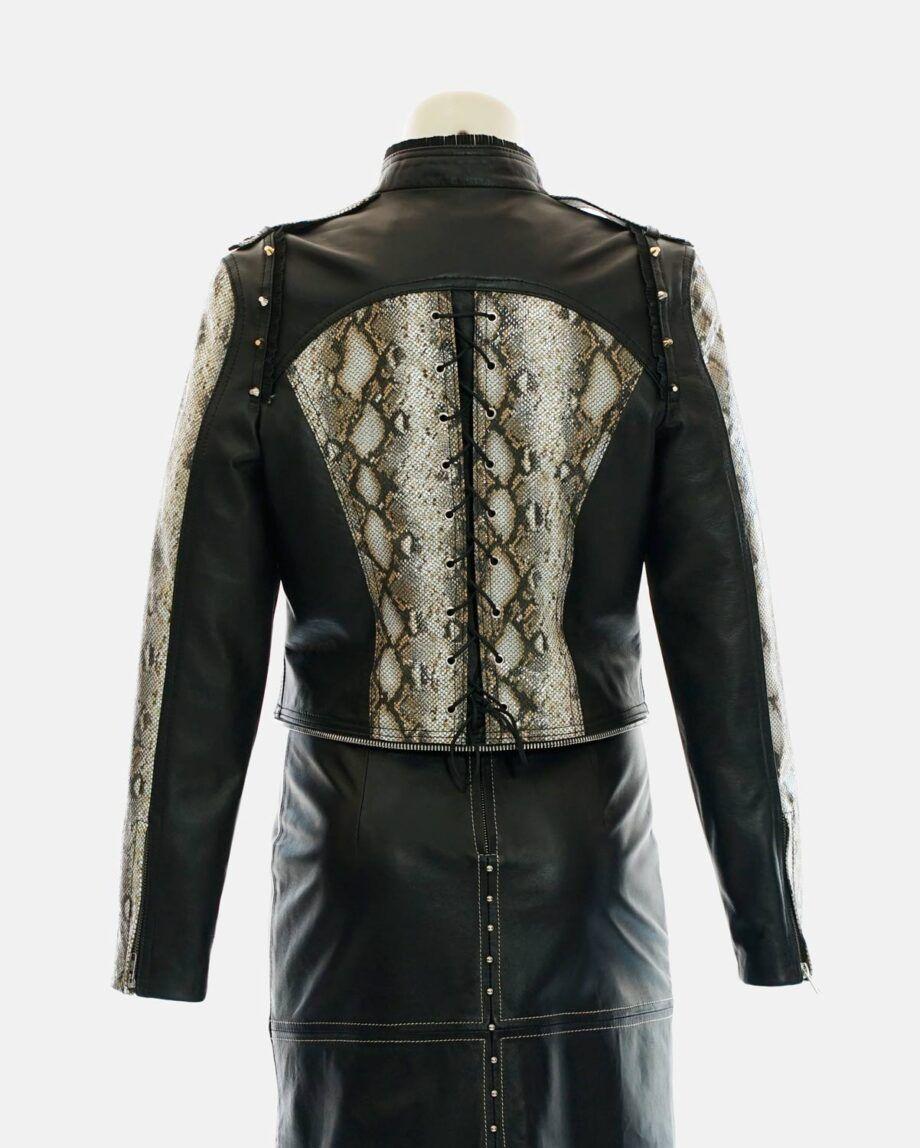 chaqueta negra y dorada